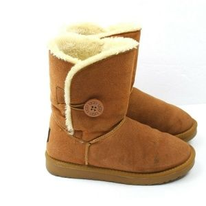 UGG Women's Bailey Button II Ankle Boots Chestnut